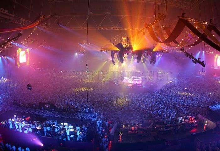 http://piximus.net/media/5306/amazing-light-show-rave-parties-1.jpg
