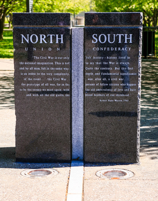 a monument showing the line between the union and confederacy