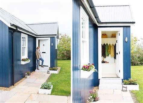 small  build   tiny budget homebuilding