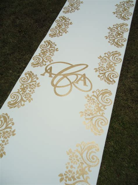 Ivory runner with custom stencil in GOLD, fun calligraphy