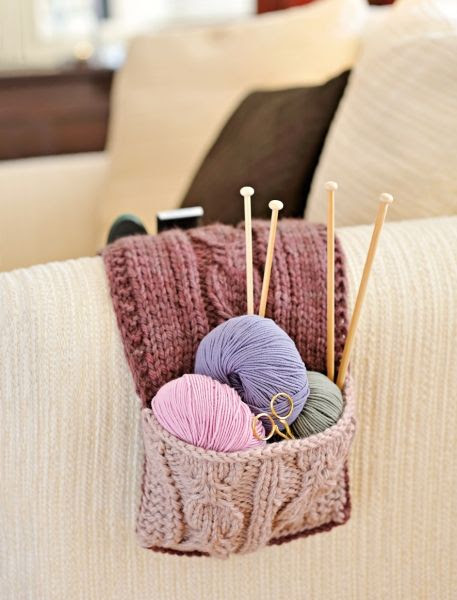 Knitted couch caddy