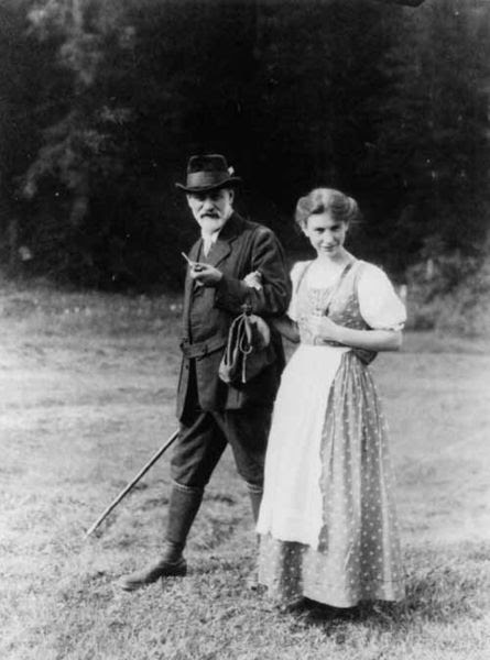 File:Sigmund en Anna.jpg