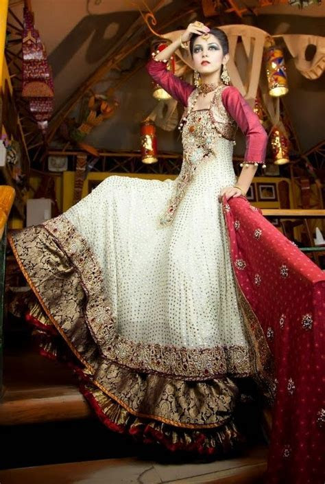25  best ideas about Pakistani dresses 2014 on Pinterest