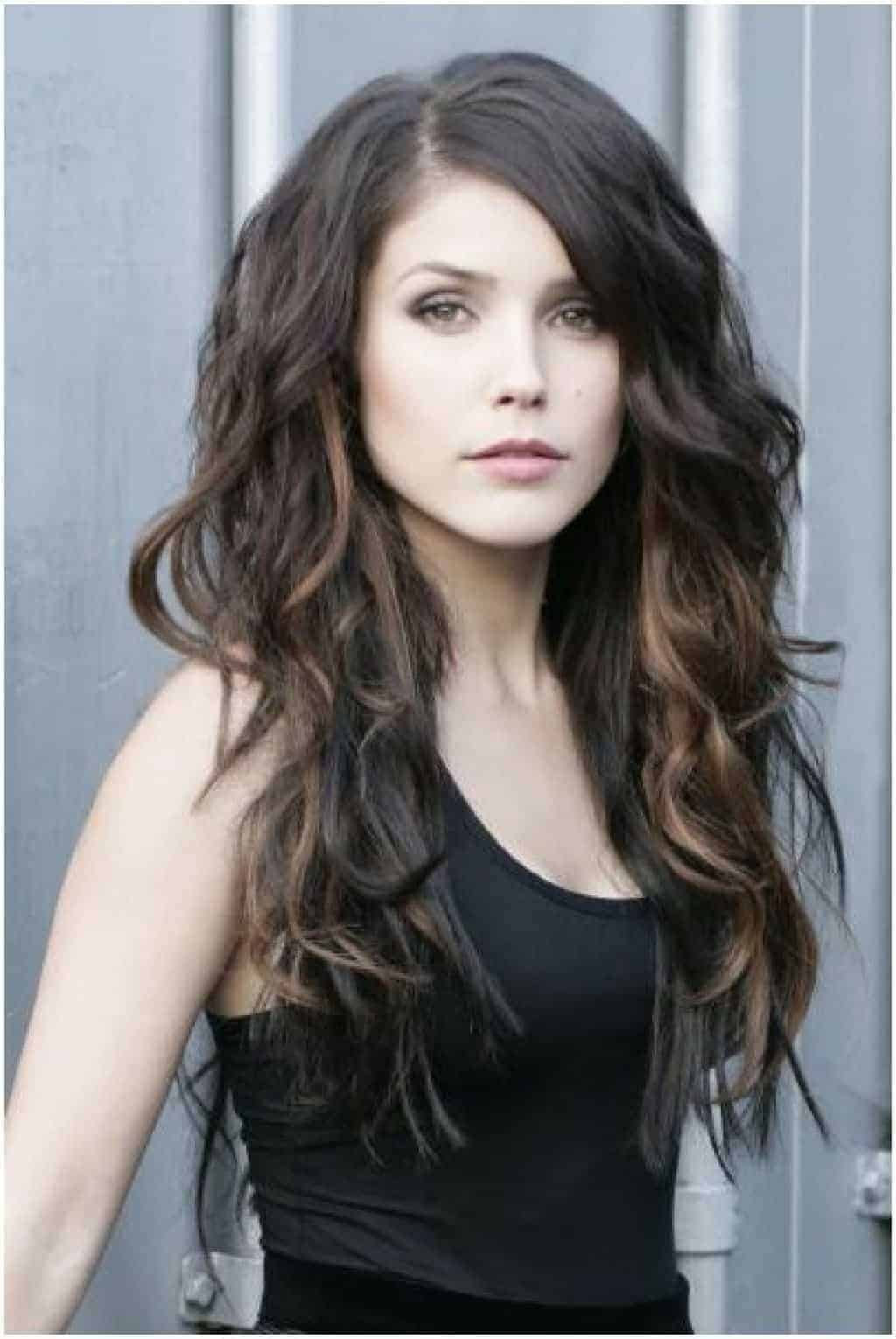 36 Womens Long Hairstyles With Side Fringe