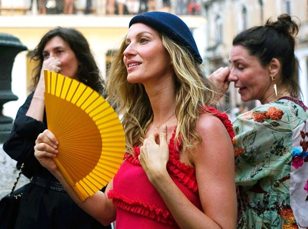 Chanel Cruise Cuba: See the Stars, Clothing and Colorful Scene!