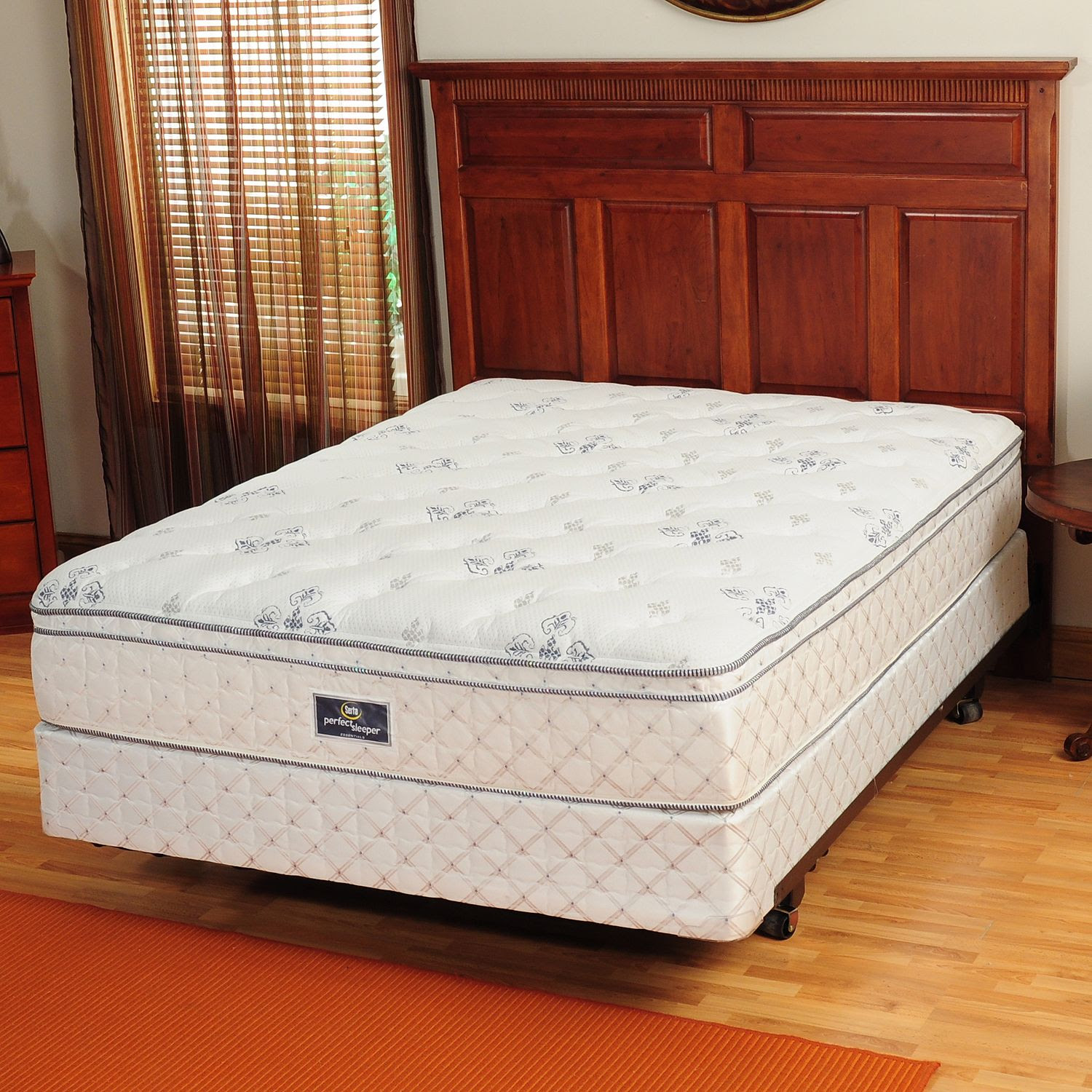 Serta® Perfect Sleeper™ ''Dashing'' Eurotop Queen Mattress Set