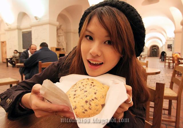 nicolekiss big cookie