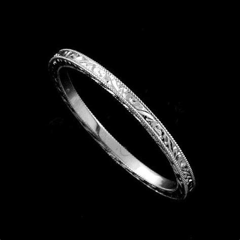 Best 25  Thin wedding bands ideas on Pinterest   Silver