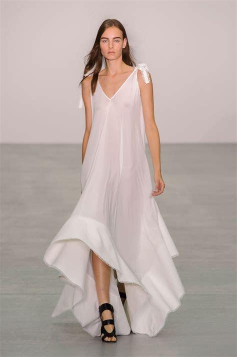 Who Will Design Pippa Middleton's Wedding Dress? 7