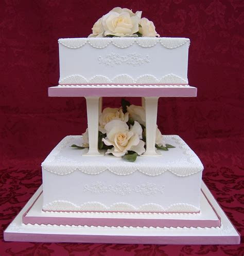 Galleries   royal iced wedding cakes   Donna Jane Cakes