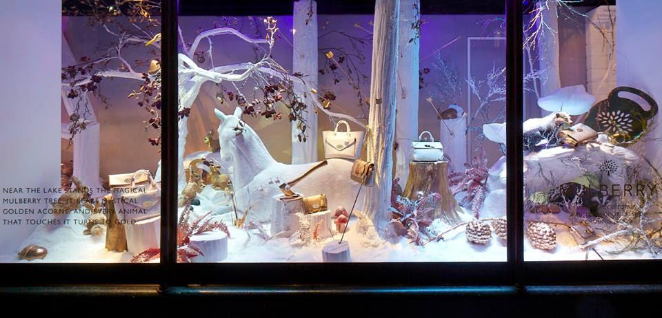 best-window-displays_mulberry_2013_christmas_harrods_02