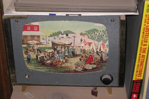 Late 1950s minibar.