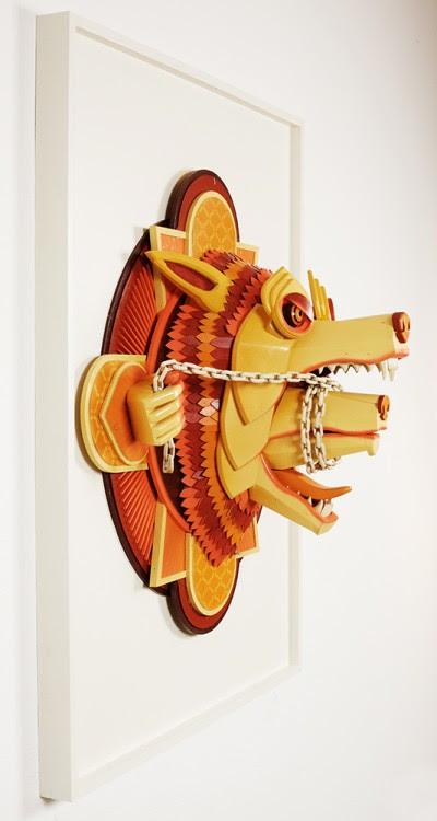 ajfossik bois tableau sculptre 10 400x750 Les monstres en relief dAJ Fosik  art