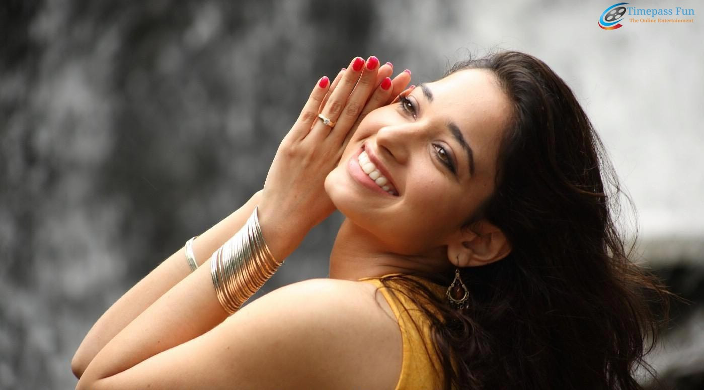tamanna-bhatia-beautiful-wallpaper