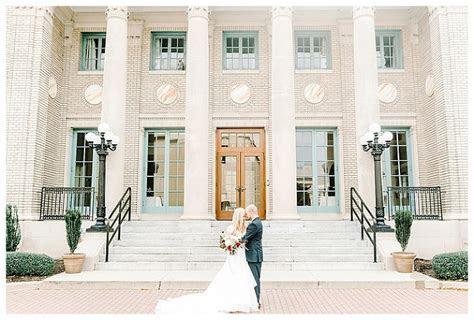 Historic Post Office Hampton, VA Wedding {Hillary   Matt
