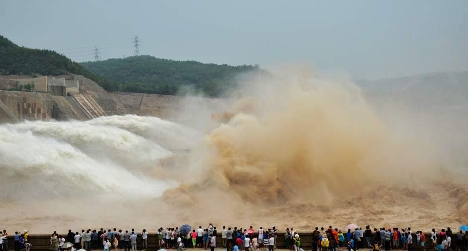 Desembalse de agua en China