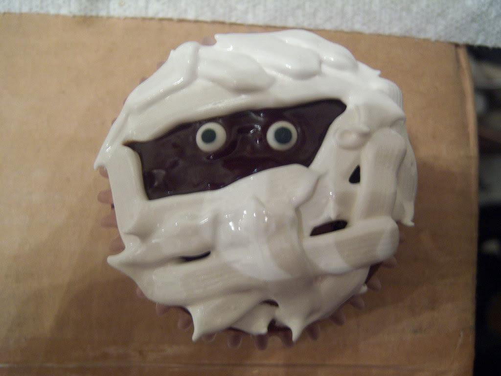 Mummy Cupcake?