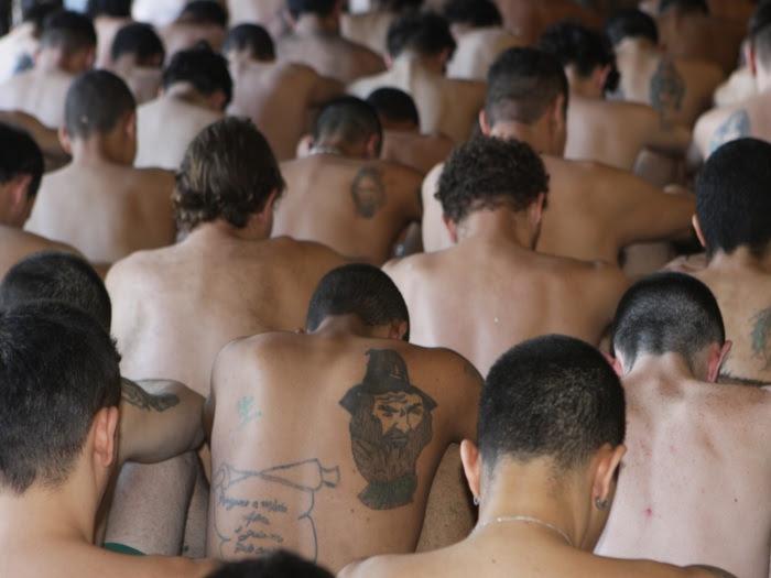 presos detentos