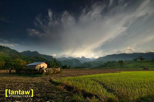 Lake Sebu Verdant Fields and Hills at Sunset