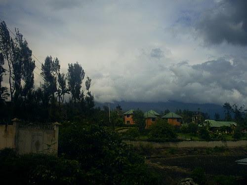 03  Clouded Mt. Meru.