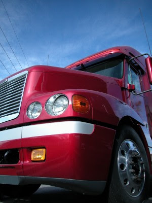 Our attorneys settle a tractor trailer accident case