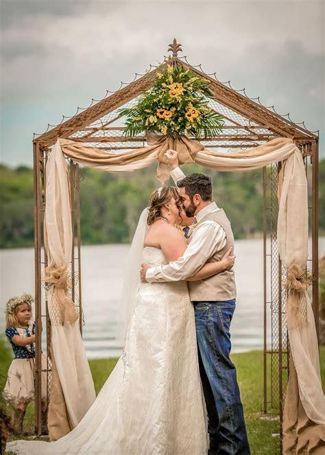 A Rustic, Outdoor Wedding in DeLand, Florida