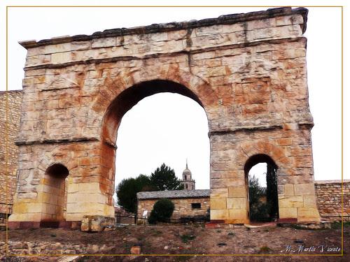 Arco romano de Medinaceli. Soria