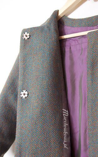 Retro coat (Burda 12/11 #101), szafiarka, szycie, krawiectwo, płaszcz, wykrój, wełna, jodełka, żuczek, grzybek, szal, komin, H&M, torebka wiolonczela, Ochnik
