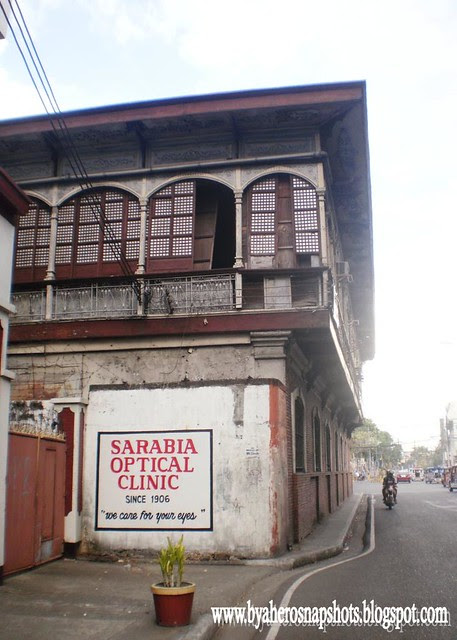 Old Building in Calle Real