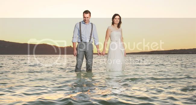 http://i892.photobucket.com/albums/ac125/lovemademedoit/ML_beachtrashthedress_010.jpg?t=1300698372