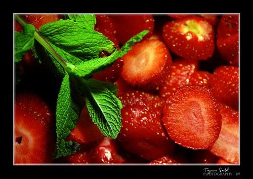 Strawberry+mint by TAYMOUR SENBEL©