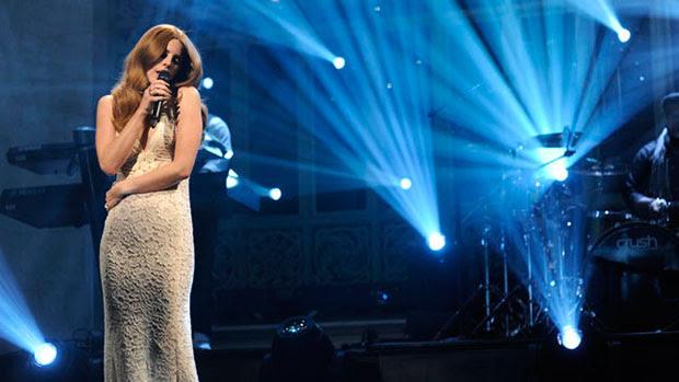 Image Gallery singing performance