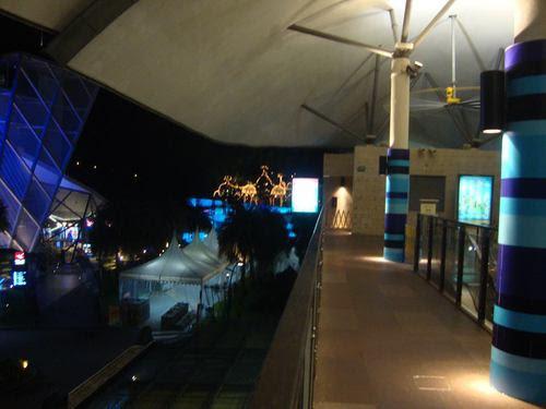 Перона на гарата на Сентоса експрес - Силосо бийч