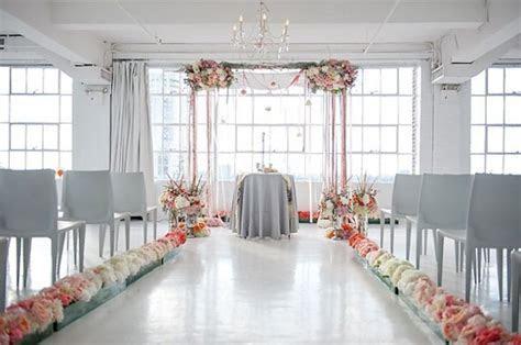10 Creative Ways to Line the Wedding Ceremony Aisle   OneWed