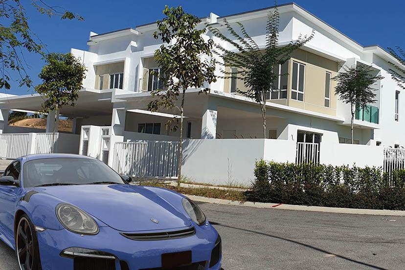 rumah kereta mewah beli guna jutawan app