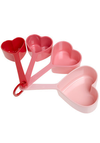 Love To Bake Measuring Set