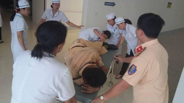 CSGT bị hất văng, csgt, tai nạn giao thông, Hà Tĩnh
