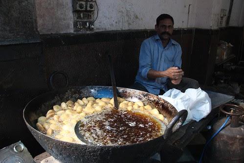 Delhi Ke Pakwan.. Rakhe Sada Jawan.. by firoze shakir photographerno1