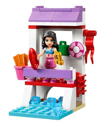 LEGO-Friends-Emmas-Lifeguard-Stand-41028-2