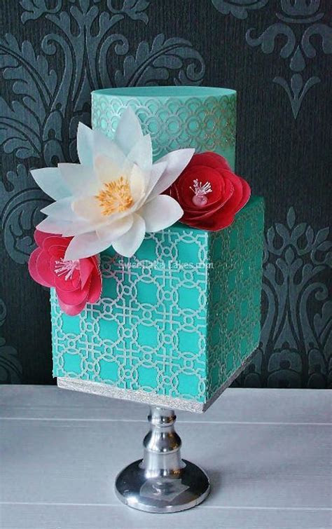 How to Use Wafer Paper in Cake Decorating