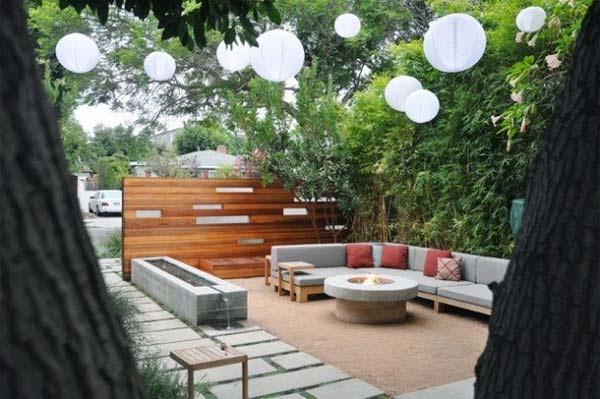 Small-Backyard-Landscaping-Ideas-23