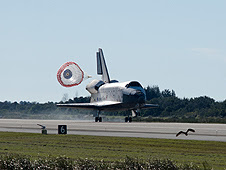 Atlantis lands ending mission STS-129