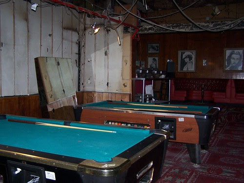bar room pool tables