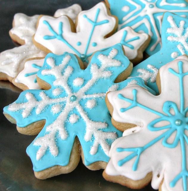 _snowflakes-blue4