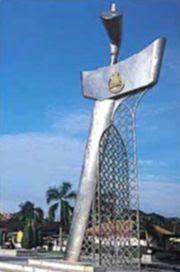 Kris Monument