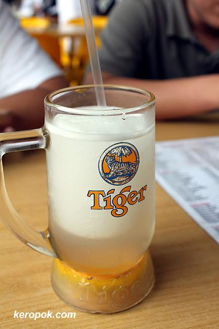 Tiger Beer, no it's Lime Juice