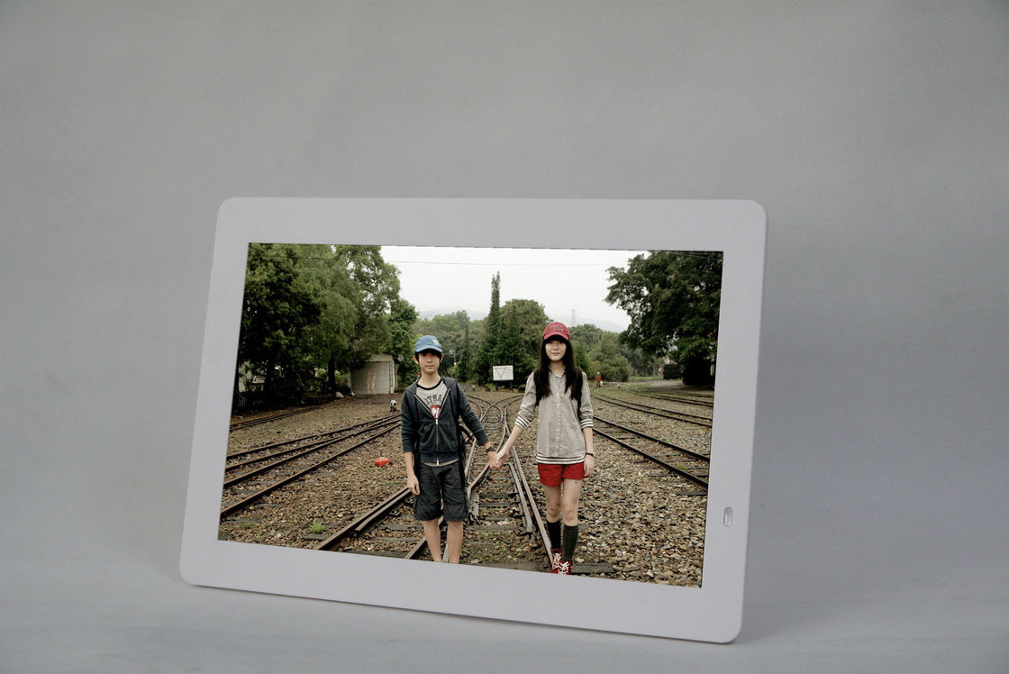 14 Inch 1610 Portable Digital Picture Frame With Video Loop Play