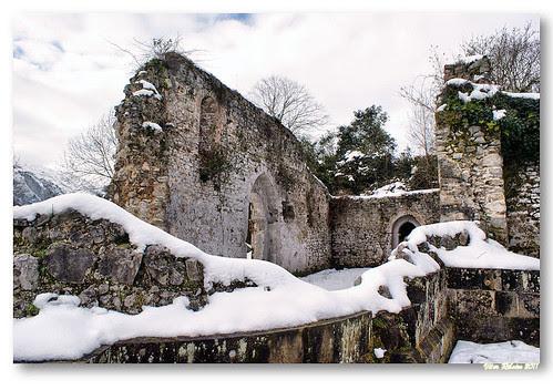 Ruínas da igreja de San Pedro de Plecín #6 by VRfoto
