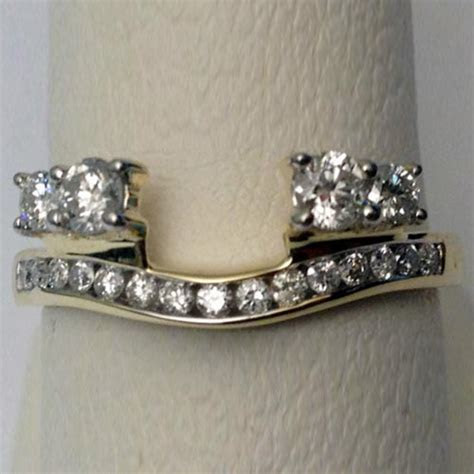 14kt Yellow Gold Diamonds Station Solitaire Wrap Ring
