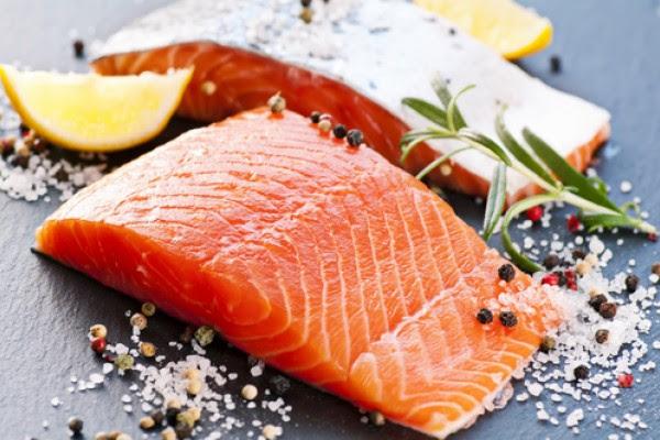 как засолить красную рыбу, как приготовить малосольную семгу, как солить рыбу в домашних условиях, как солить красную рыбу, соленая красная рыба, рецепт засолки красной рыбы, скольк солить красную рыбу, какую красную рыбу солить